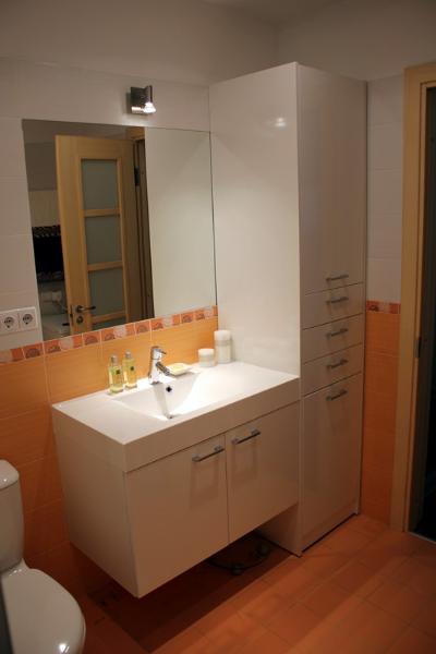 01-vonios-baldai